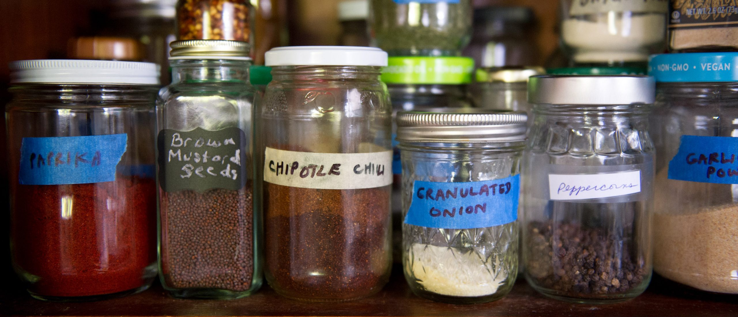 Buying Herbs & Spices in Bulk: The Gateway to Waste-Free Living